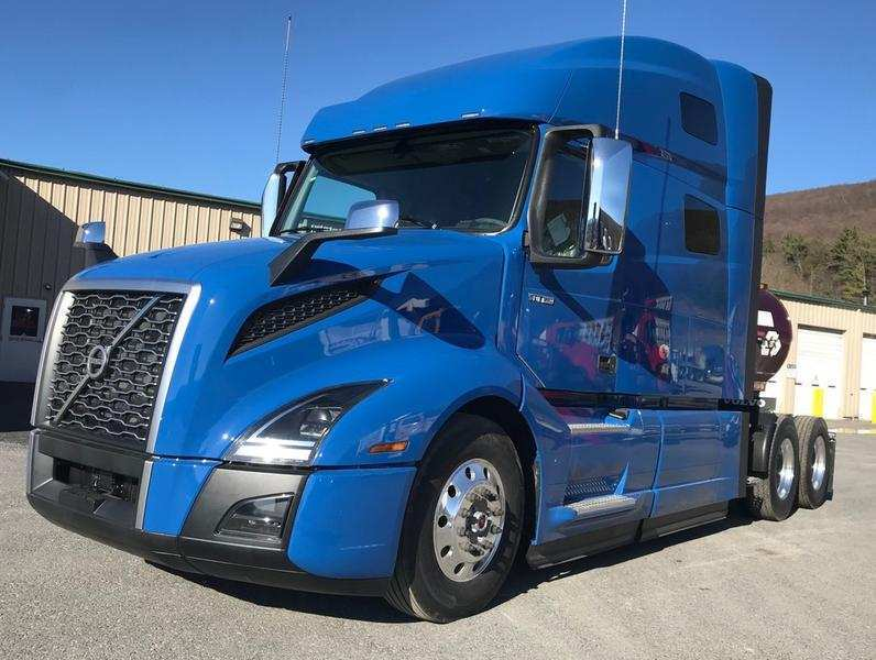 14 A Volvo Truck 2020 Research New