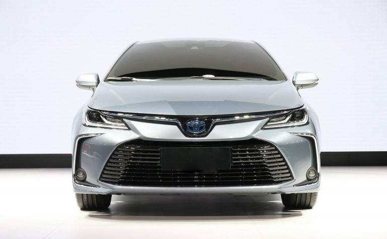 16 All New Toyota Gli 2020 In Pakistan Images