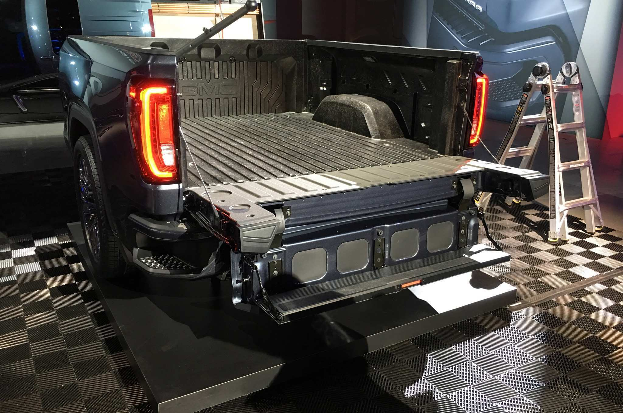 19 Best 2019 Gmc New Tailgate Picture