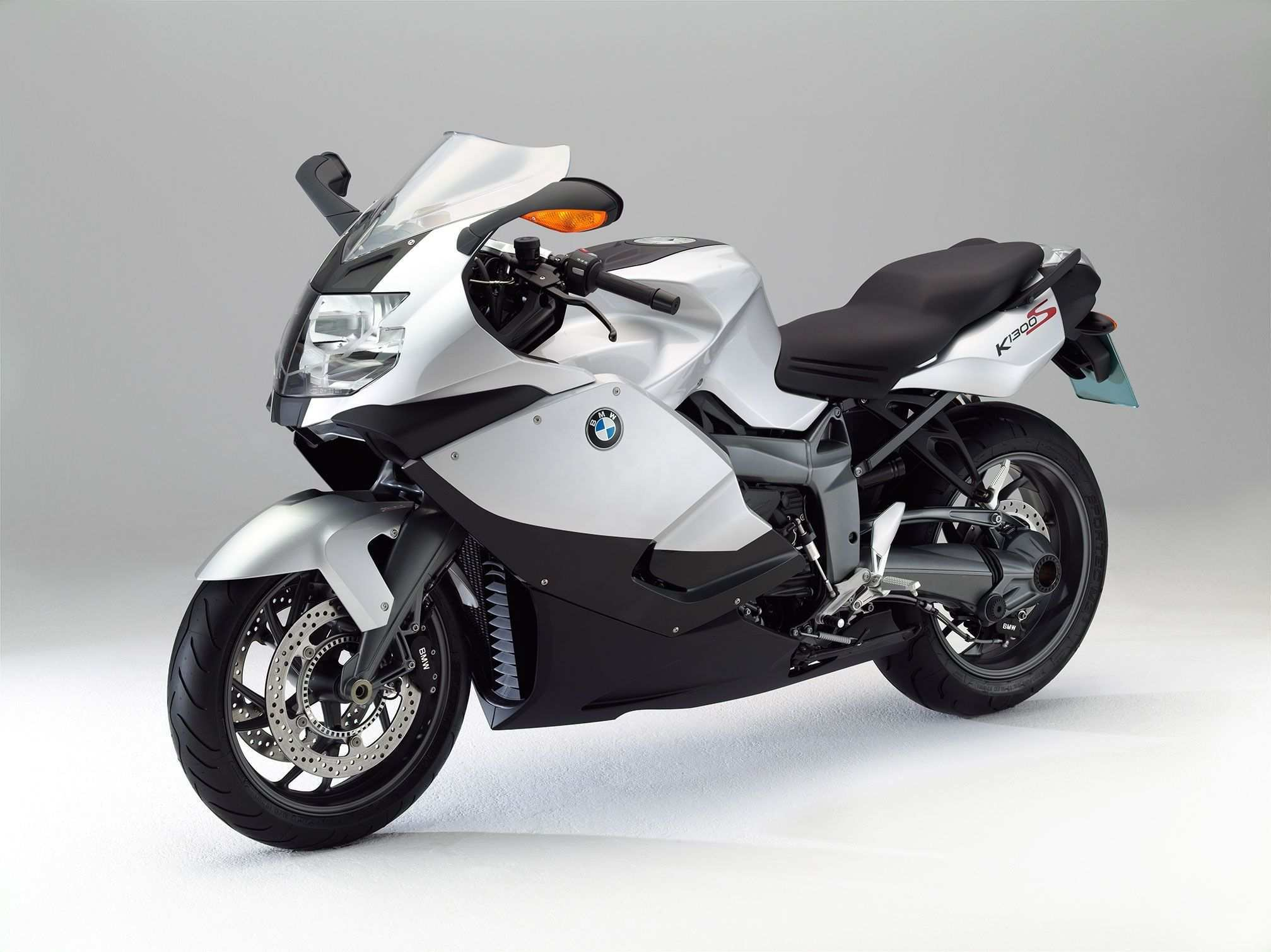 21 A 2019 Bmw K1300S Configurations