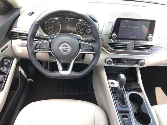 21 A Nissan Platinum 2020 Model