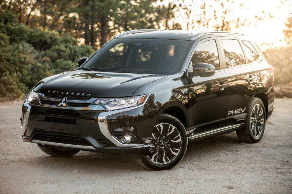 21 The Best 2019 Mitsubishi Outlander Phev Review New Model And Performance