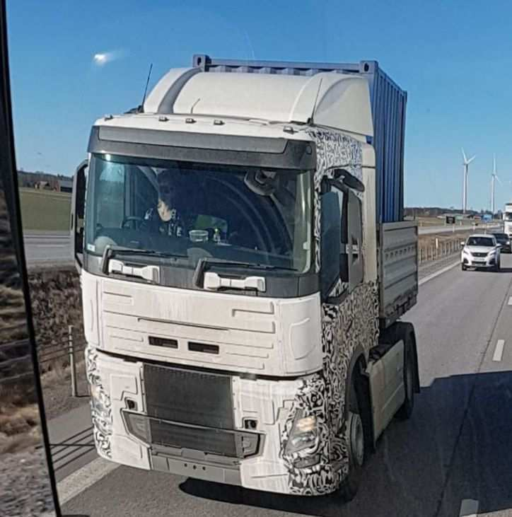26 A Volvo Truck 2020 Redesign And Concept