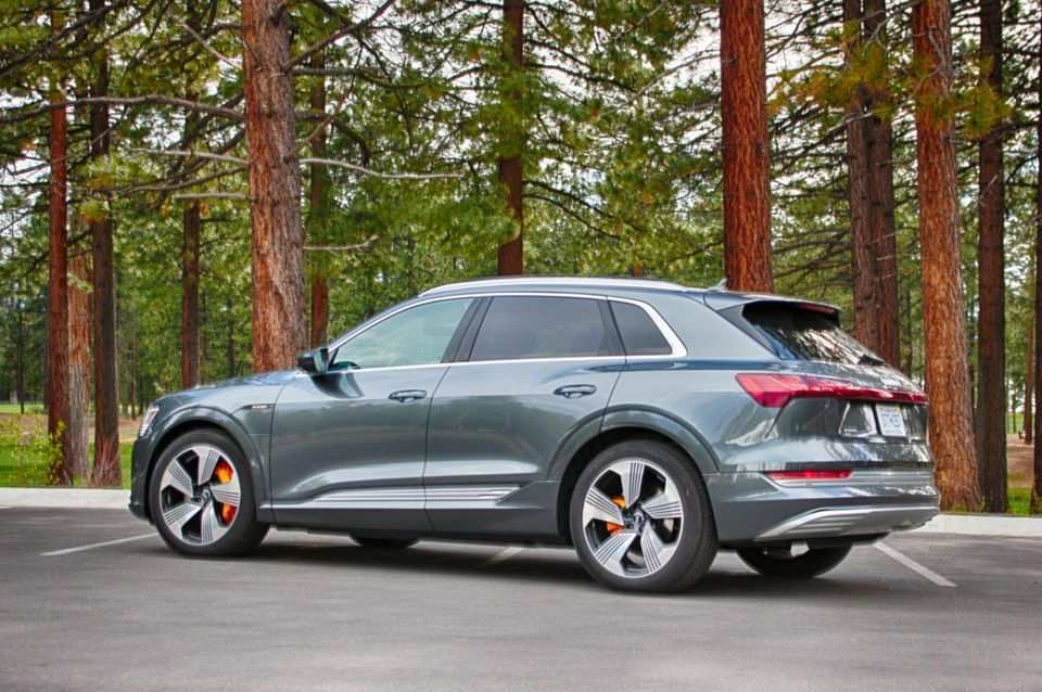27 The Best 2019 Audi E Tron Quattro Review And Release Date