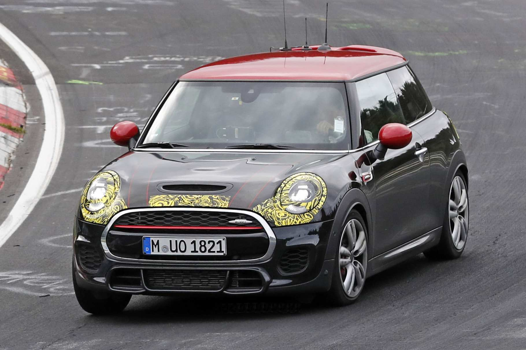 33 A 2019 Mini Jcw Specs Pricing