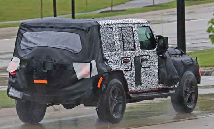 34 A 2019 Jeep Diesel Mpg Spy Shoot