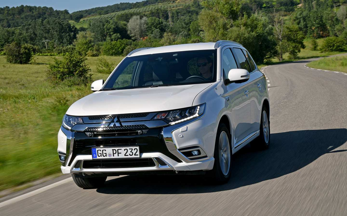 34 New 2019 Mitsubishi Outlander Phev Review Release Date And Concept