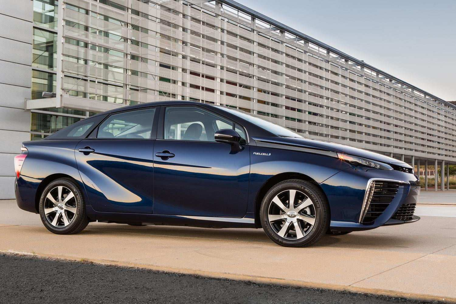 34 New Toyota Mirai 2020 2 Overview
