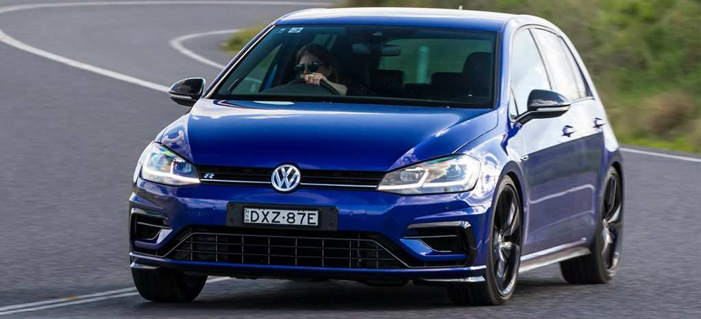 34 The 2019 Volkswagen R Picture