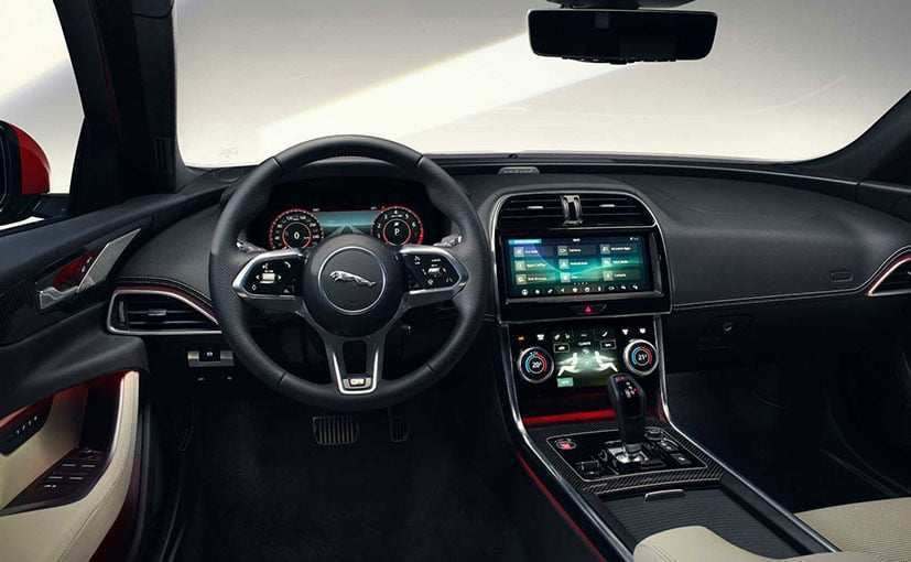 35 The Jaguar Xe 2020 Price In India Engine