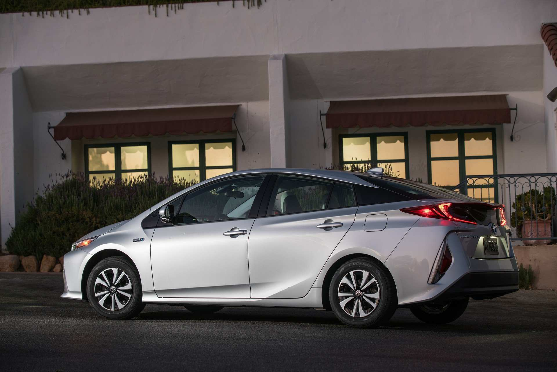 40 New Toyota Prius 2020 New Model And Performance
