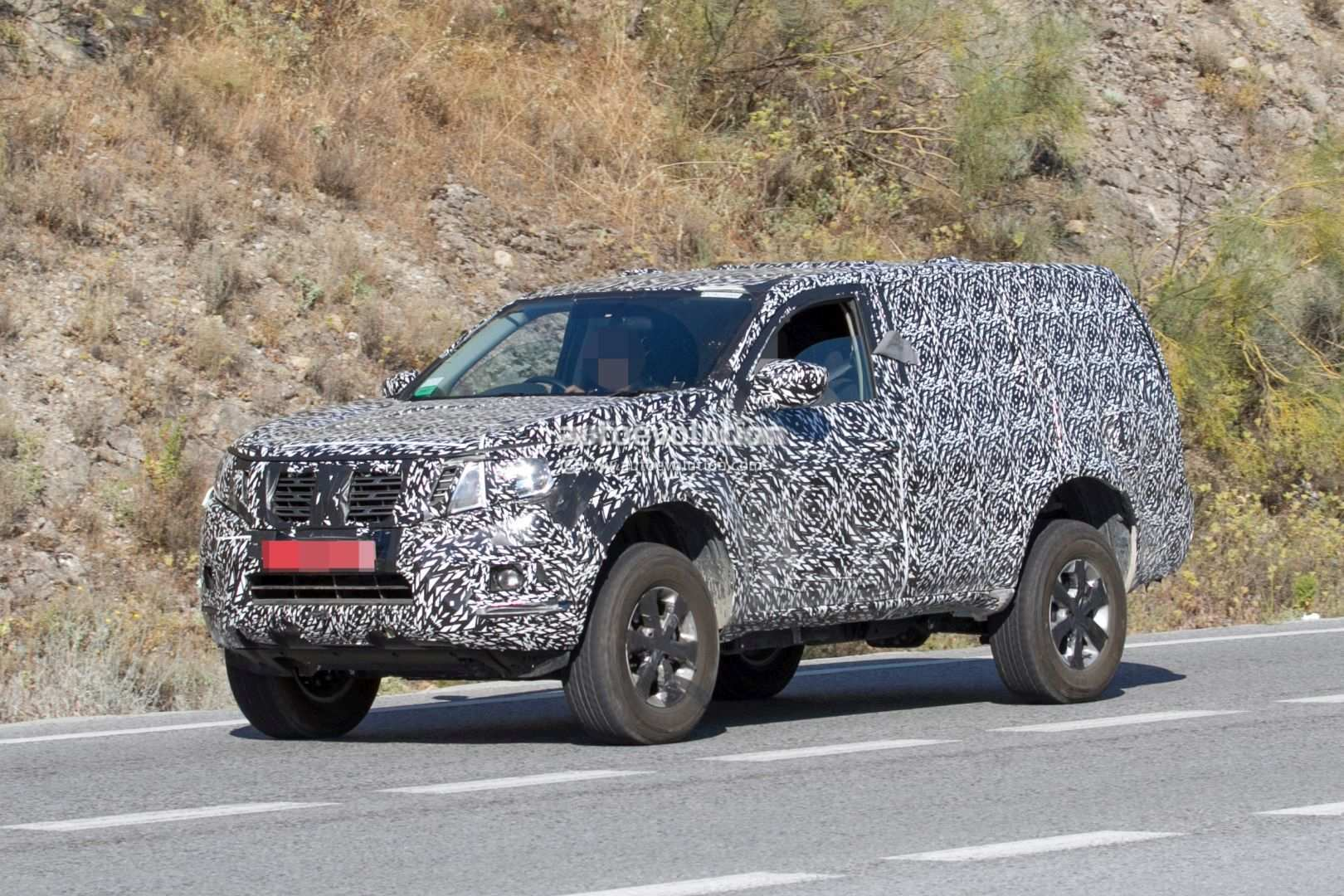 42 A 2019 Nissan Pathfinder Spy Shots Overview
