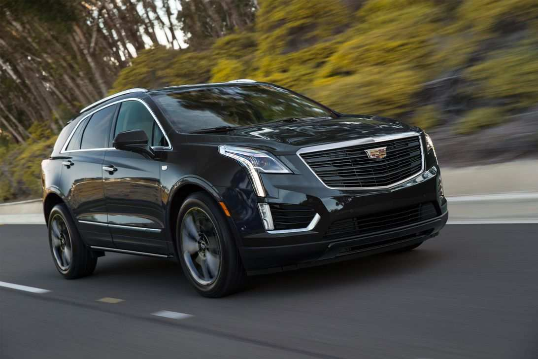 42 A 2020 Cadillac Xt5 Pictures Photos