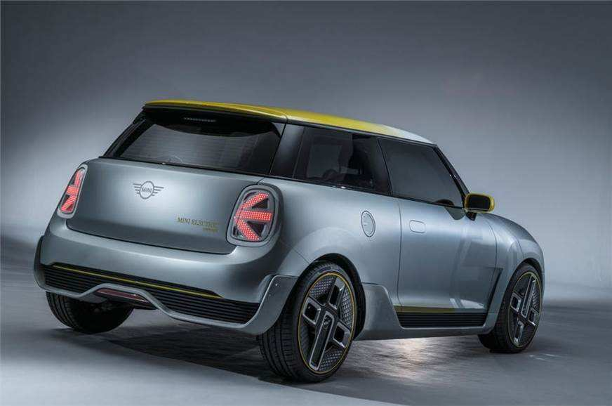 44 The 2019 Mini Cooper Electric Pictures