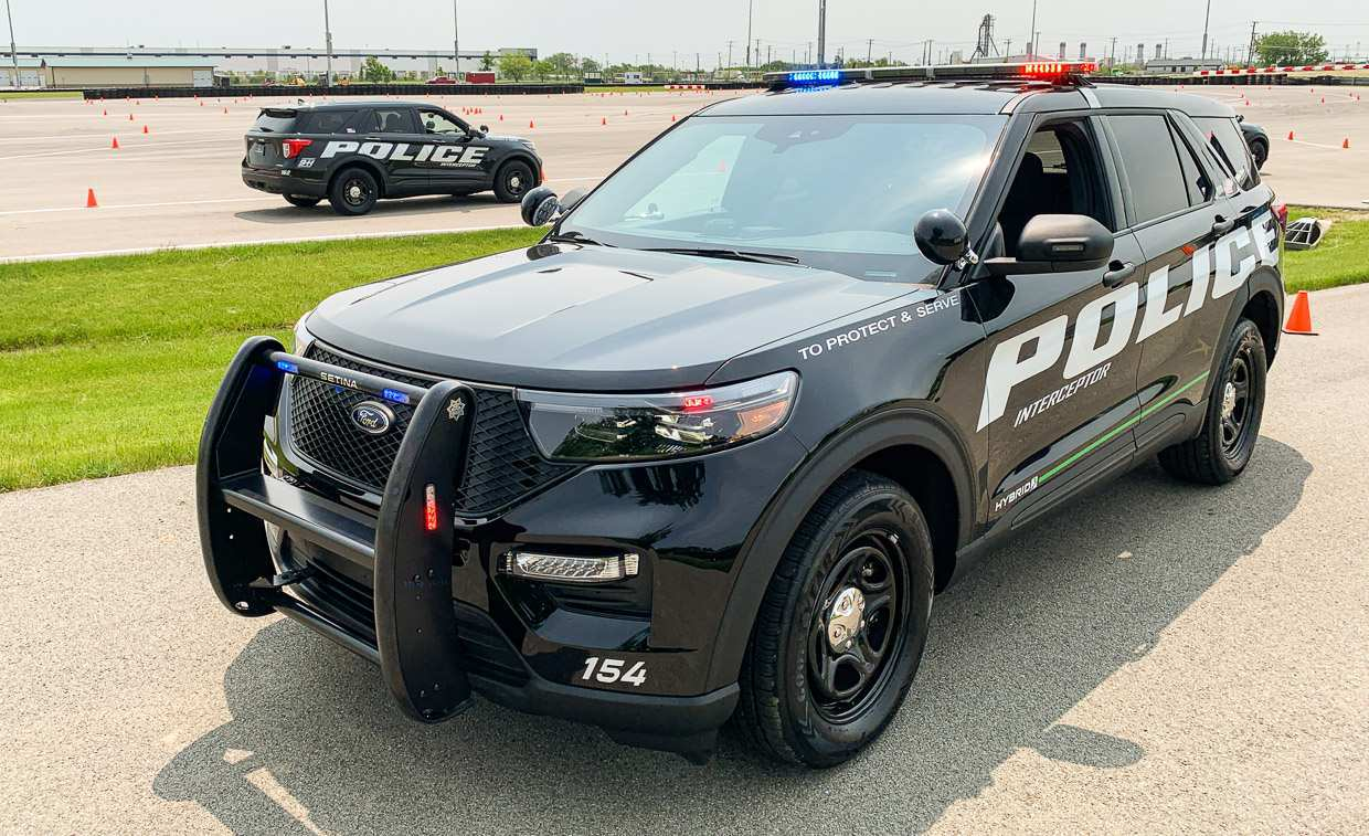 49 A Ford Police Interceptor 2020 Spesification