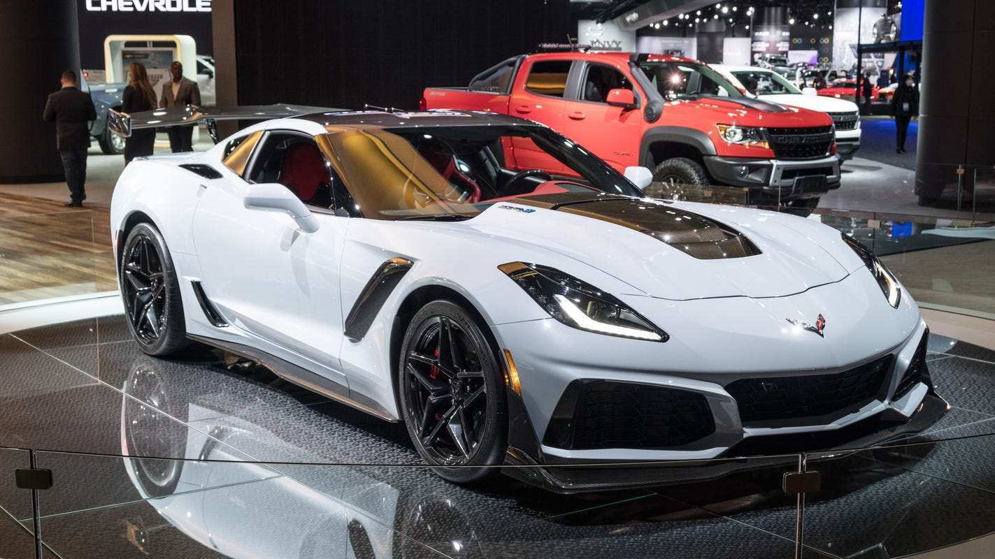 52 New 2019 Chevrolet Corvette Zr1 Is Gms Most Powerful Car Ever Price Design and Review