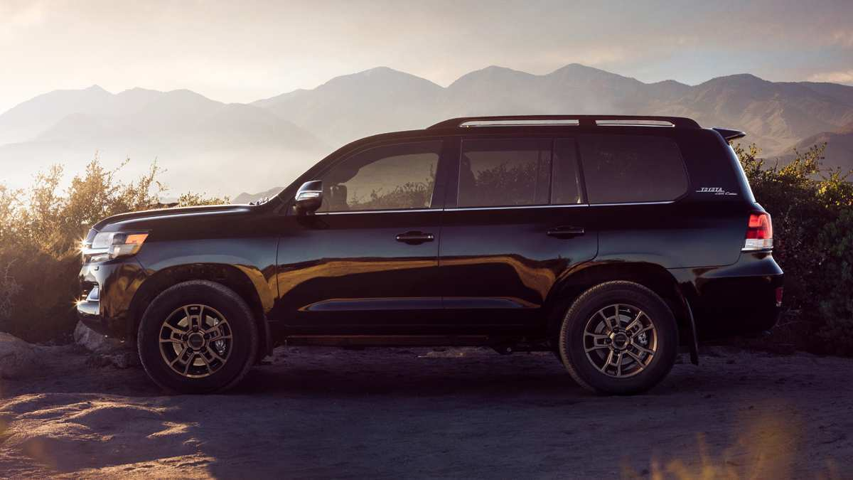 55 A Toyota New Land Cruiser 2020 Configurations