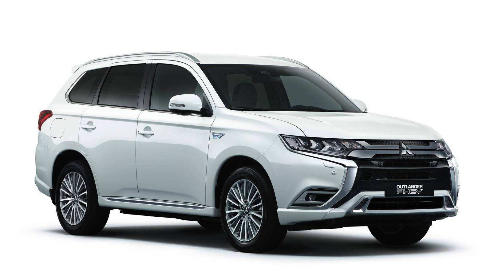 63 The Best 2019 Mitsubishi Outlander Phev Review Review And Release Date