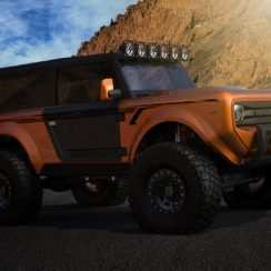 64 A 2020 Ford Bronco Raptor Style