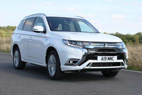 64 The 2019 Mitsubishi Outlander Phev Review Photos