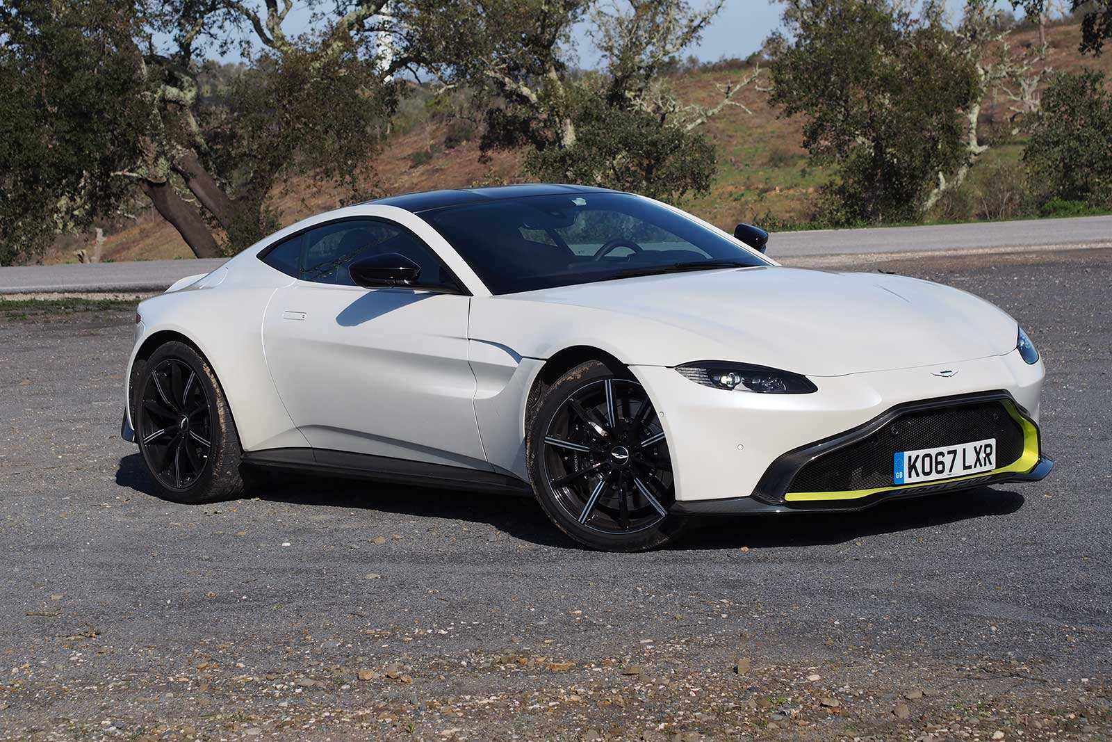71 A 2019 Aston Martin Vantage Review Engine