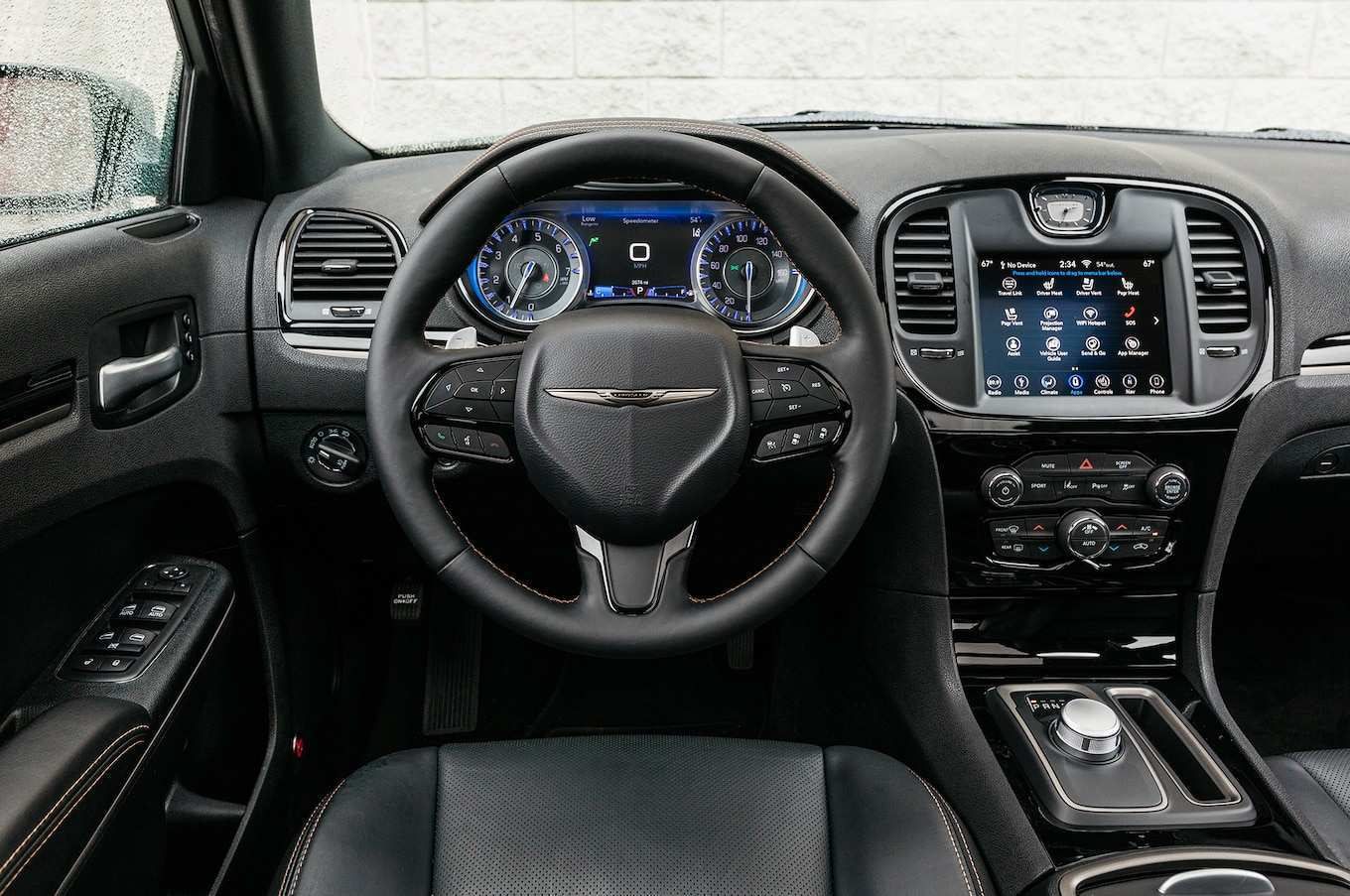 71 A 2019 Chrysler 300 Interior New Model And Performance