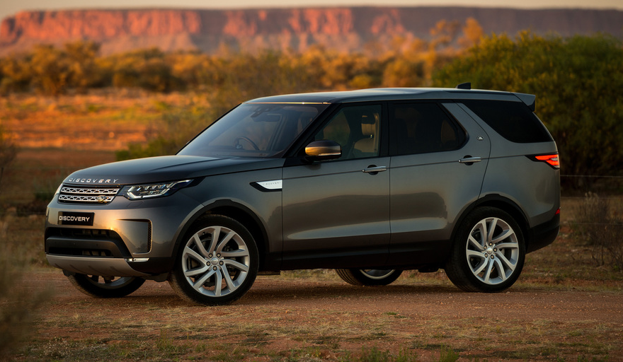 74 A 2019 Land Rover Release
