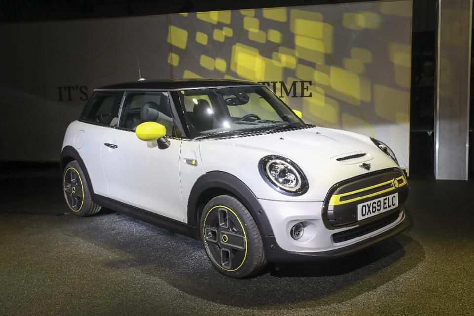 85 The 2019 Electric Mini Cooper Review