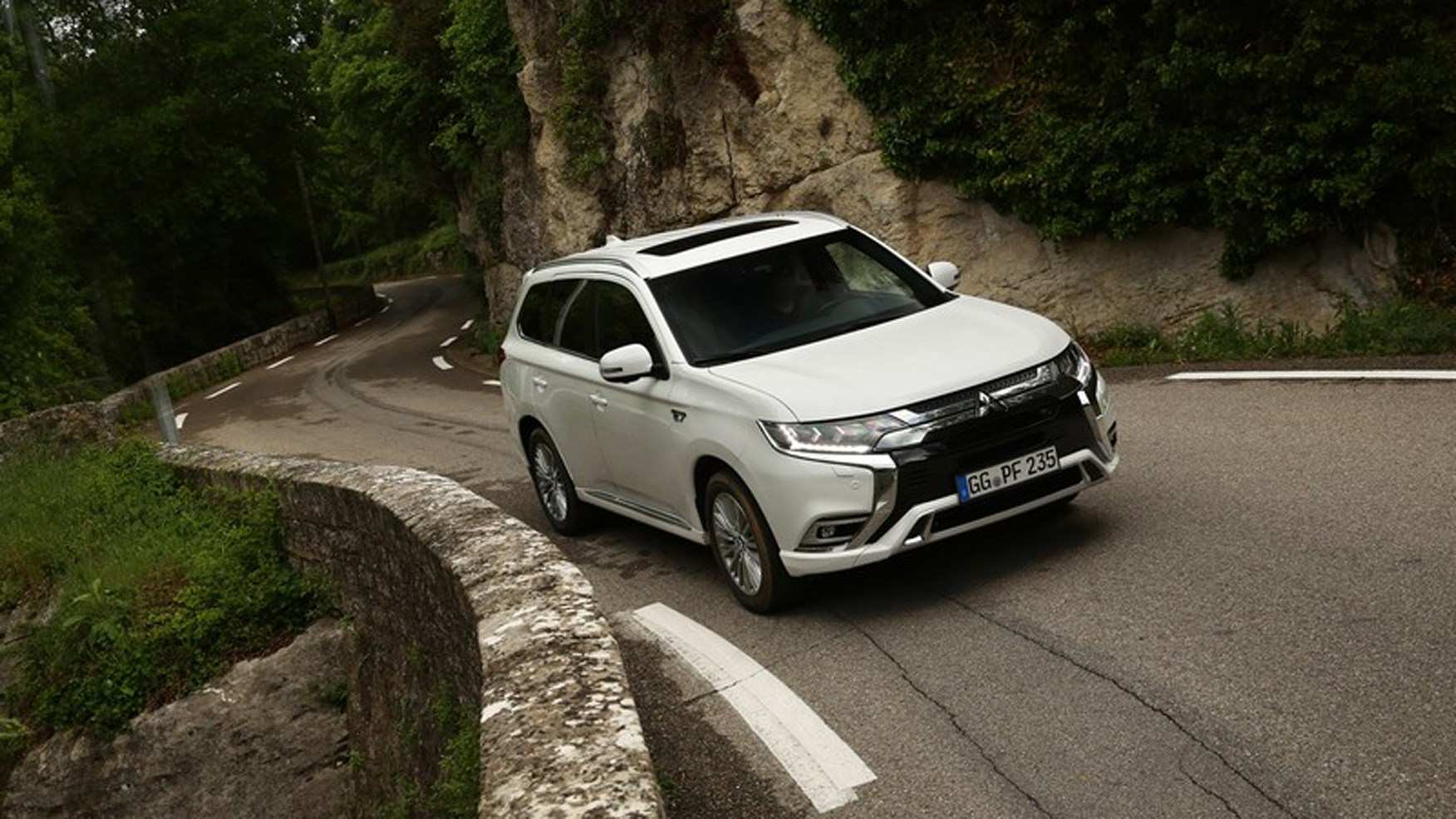86 The 2019 Mitsubishi Outlander Phev Review Ratings