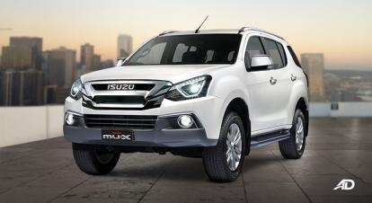 88 A 2019 Isuzu Mu X Photos