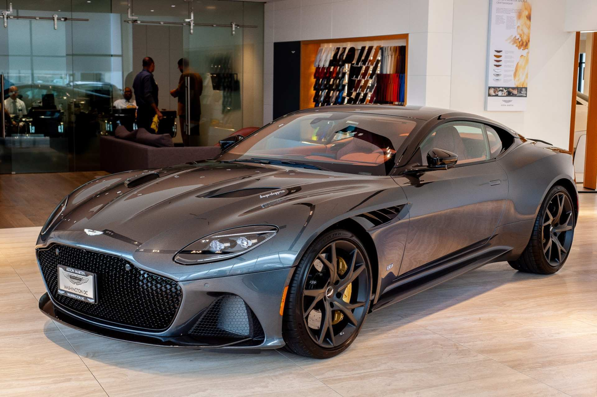 89 A 2019 Aston Dbs New Review