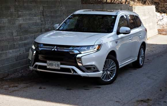 90 The Best 2019 Mitsubishi Outlander Phev Review Review