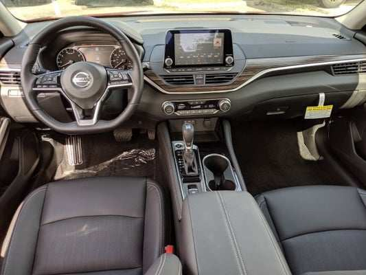 95 A Nissan Platinum 2020 Research New