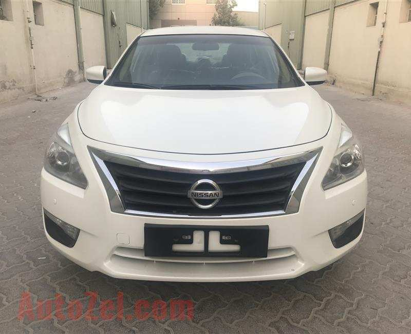 12 New Nissan Altima 2 5 S Specs