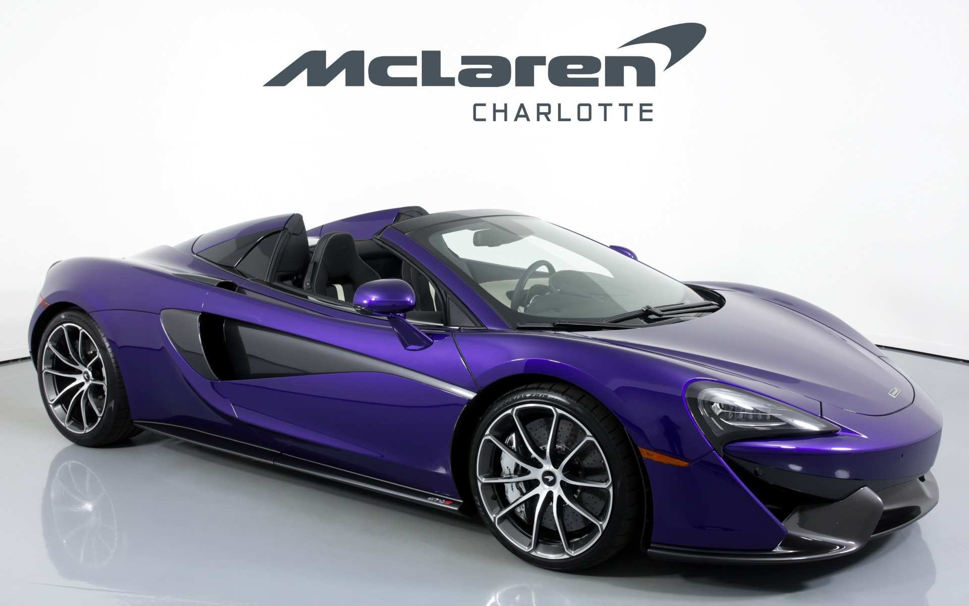 13 A 2019 Mclaren 570S Spider Photos