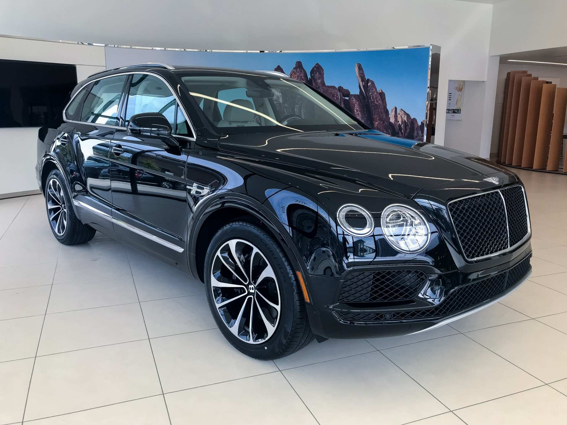 13 The 2019 Bentley Bentayga V8 Price Price And Release Date