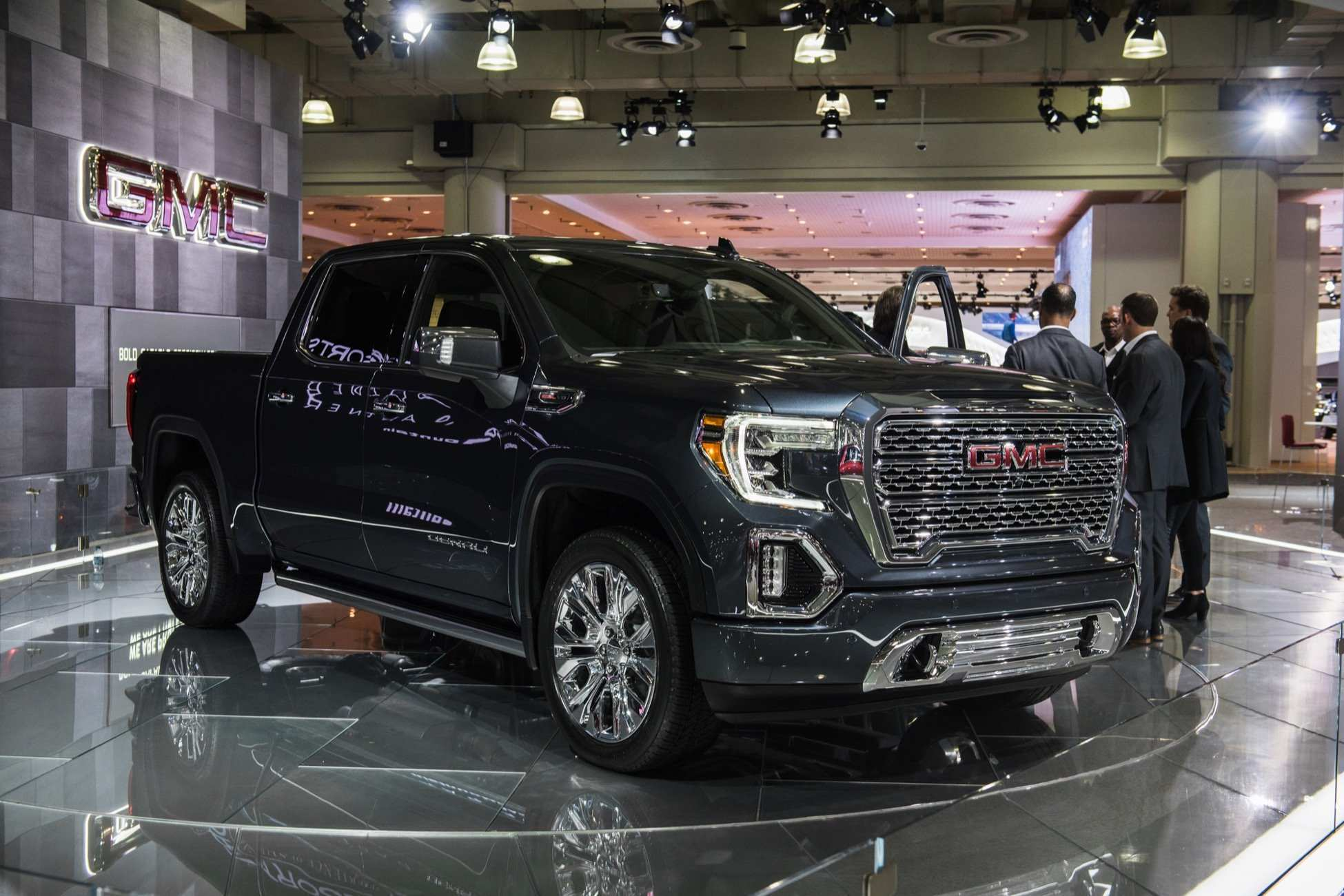 14 All New 2020 Gmc Sierra Interior Performance And New Engine