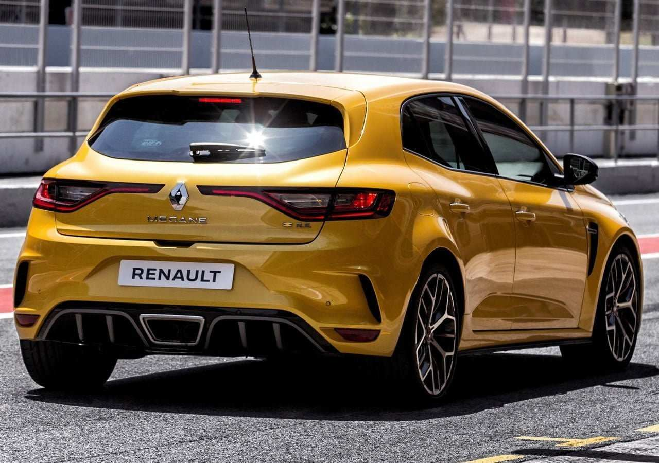 14 The 2019 Renault Megane Rs Spy Shoot