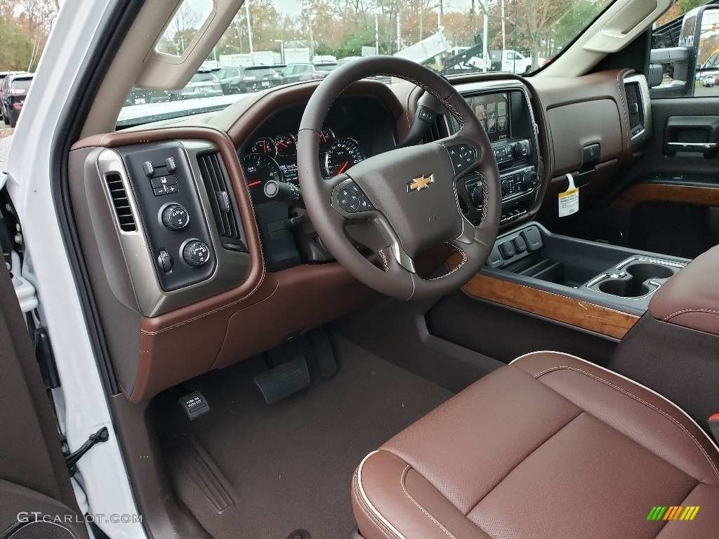 17 A 2019 Chevrolet High Country Interior Review