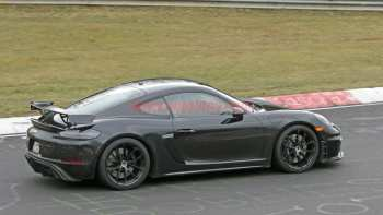 17 The 2020 Porsche Cayman Concept