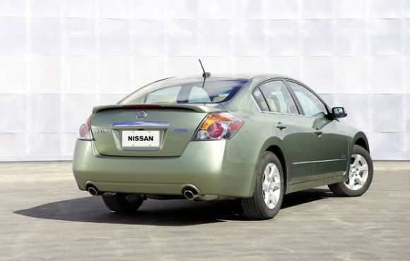 17 The Nissan Altima Hybrid Specs