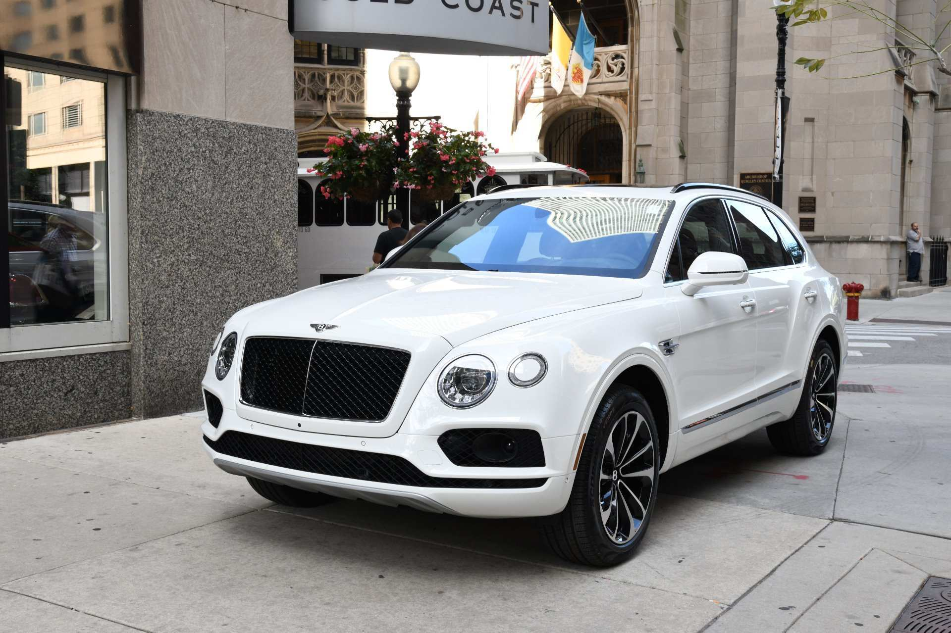 29 A 2019 Bentley Bentayga V8 Price Release