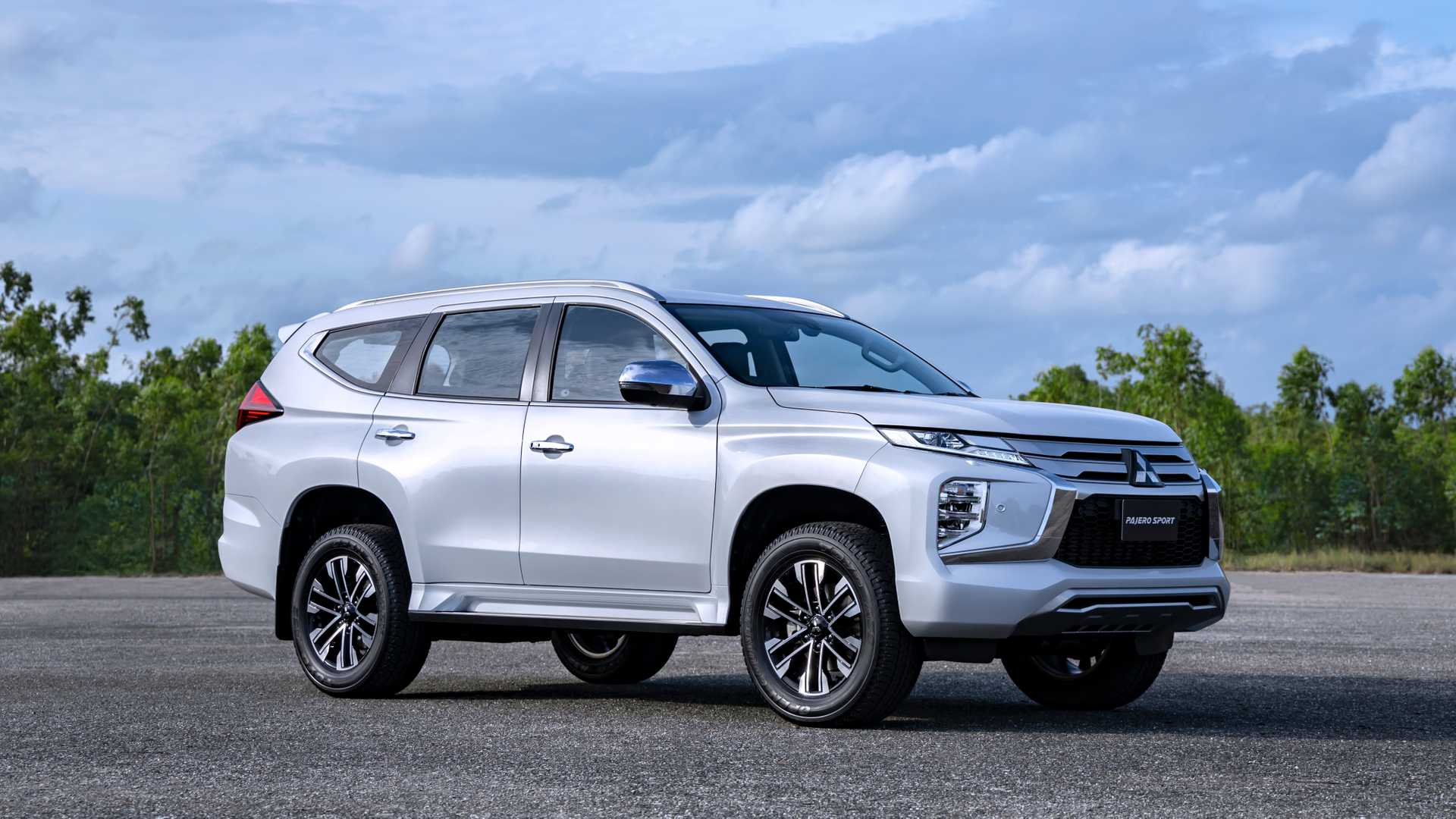 31 All New Mitsubishi Montero Limited 2020 Prices