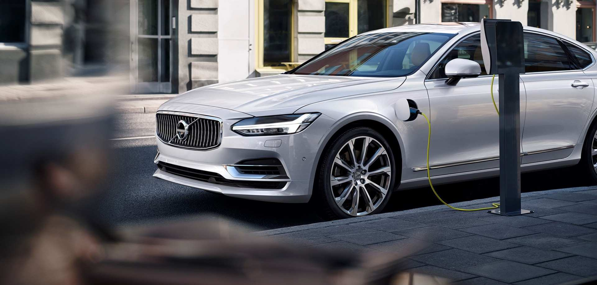 32 A Volvo 2020 Pledge Rumors