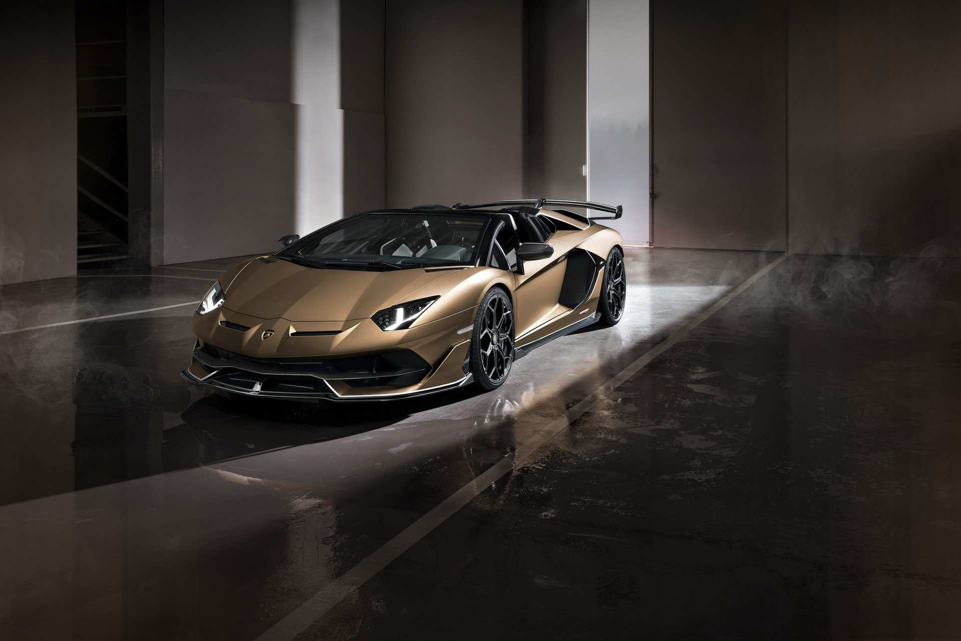 37 A 2020 Lamborghini Aventador Price Performance And New Engine