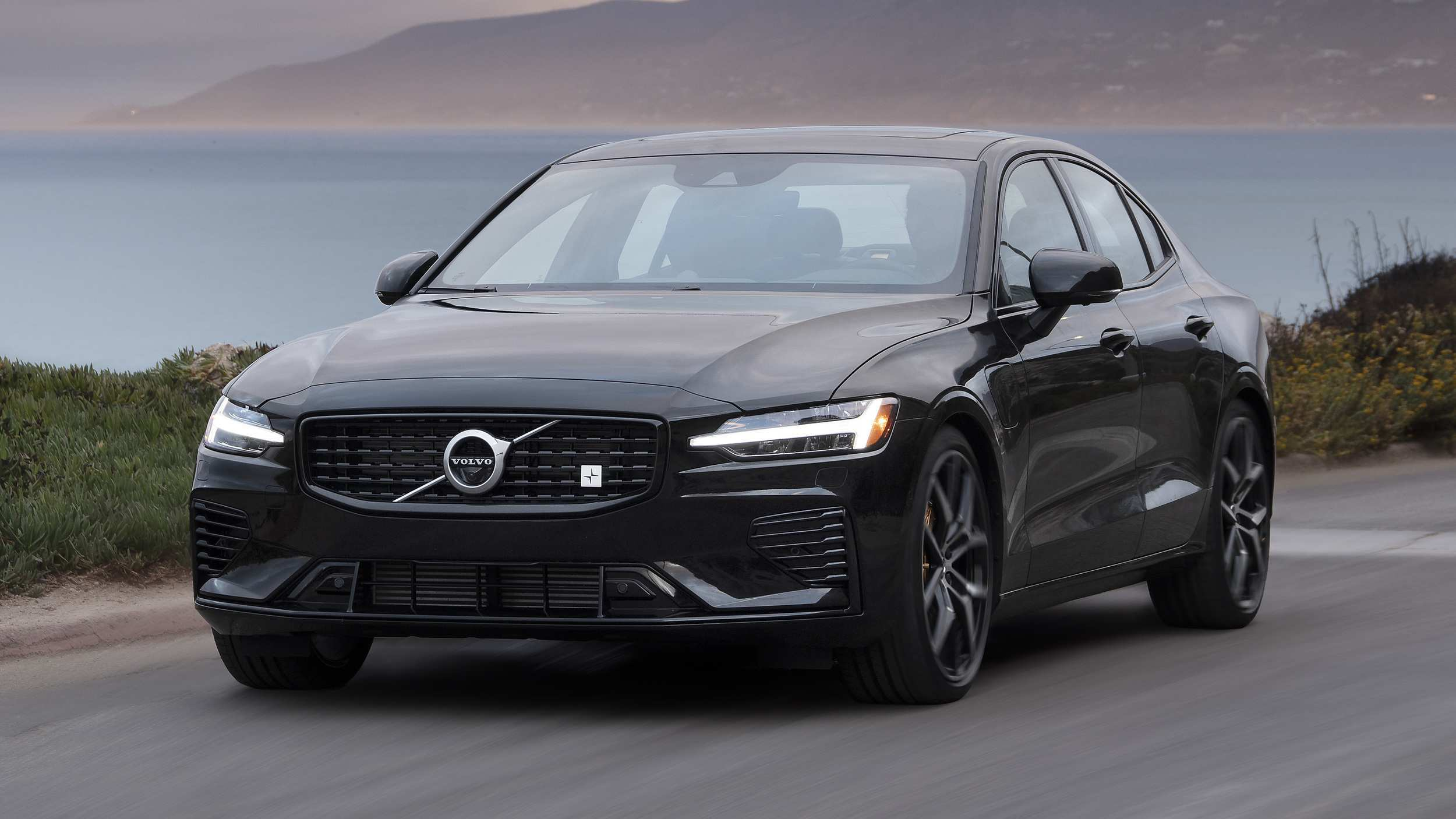 40 The 2019 Volvo 260 Research New