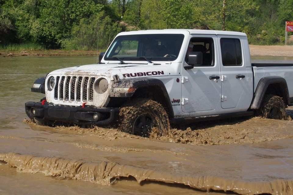 42 The Best 2019 Jeep Gladiator Price Redesign And Concept