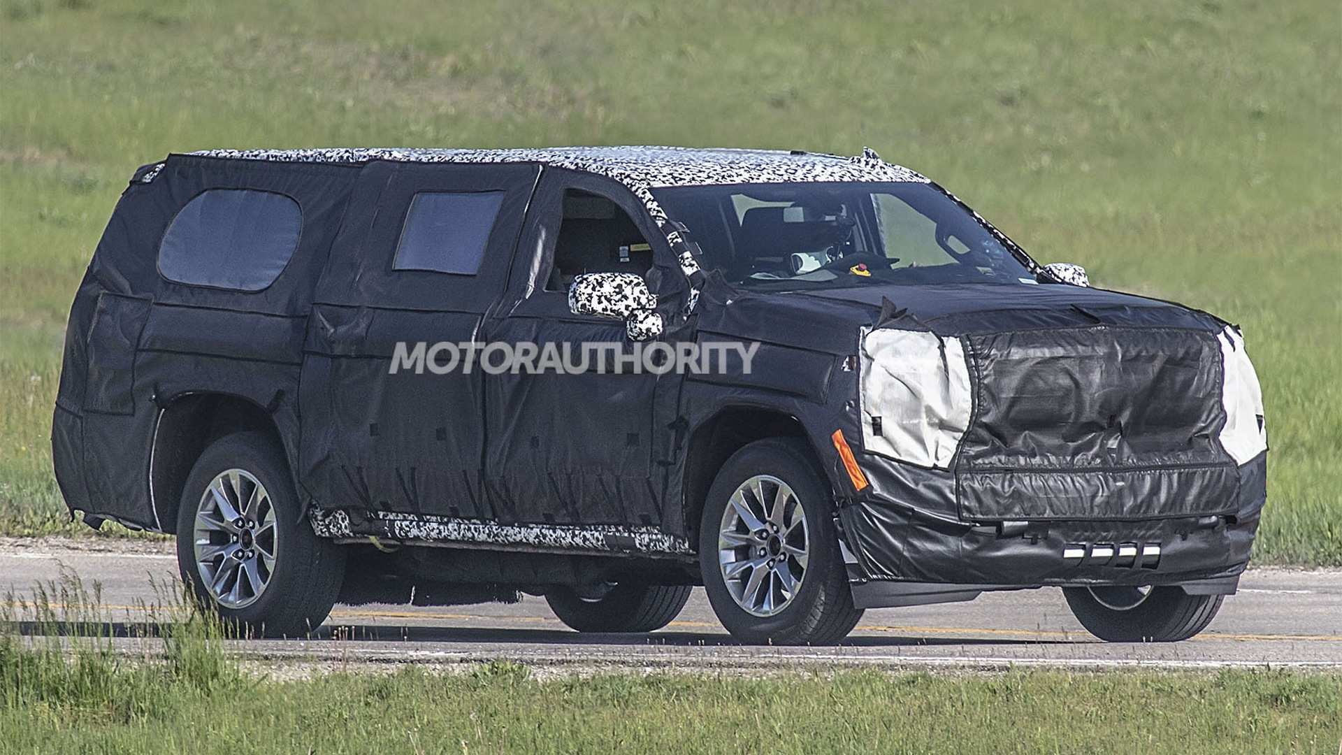 50 The Chevrolet Suburban 2020 Spy Shots Concept And Review