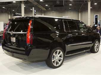54 A 2020 Cadillac Limo Performance