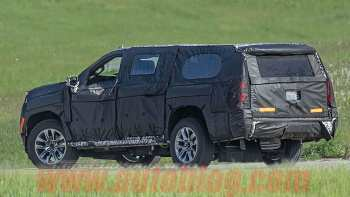56 New Chevrolet Suburban 2020 Spy Shots Spy Shoot